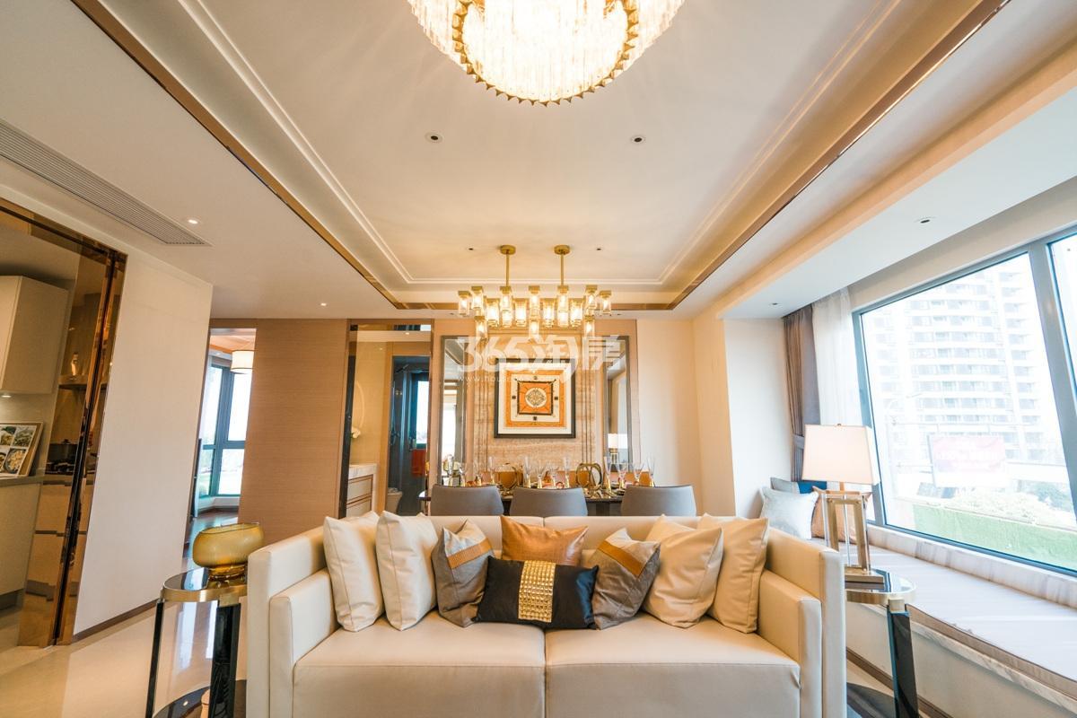 融信澜天高层109方(C1户型)样板房—客厅